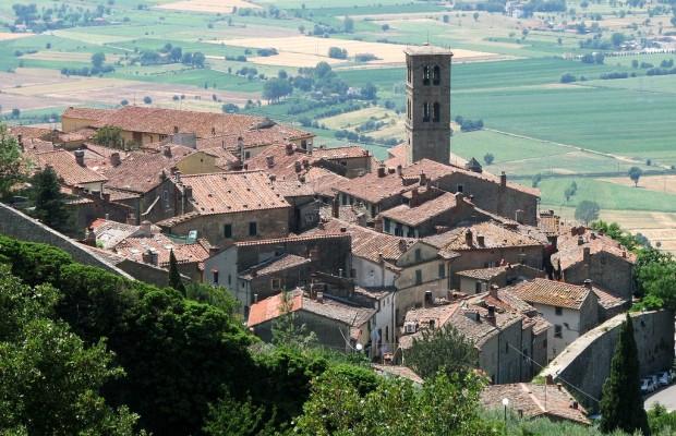 Utsikt över Cortona - perfekt för hyrbilen